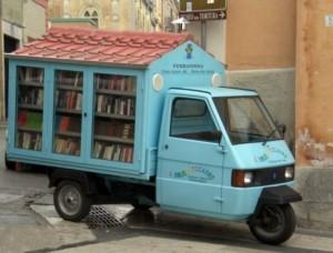 Il bibliomotocarro di Antonio La Cava