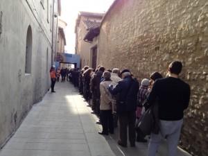 Raffaello - Madonna di Foligno - Tutti in fila (foto Riccardi)