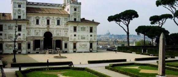 Porte aperte a Villa Medici